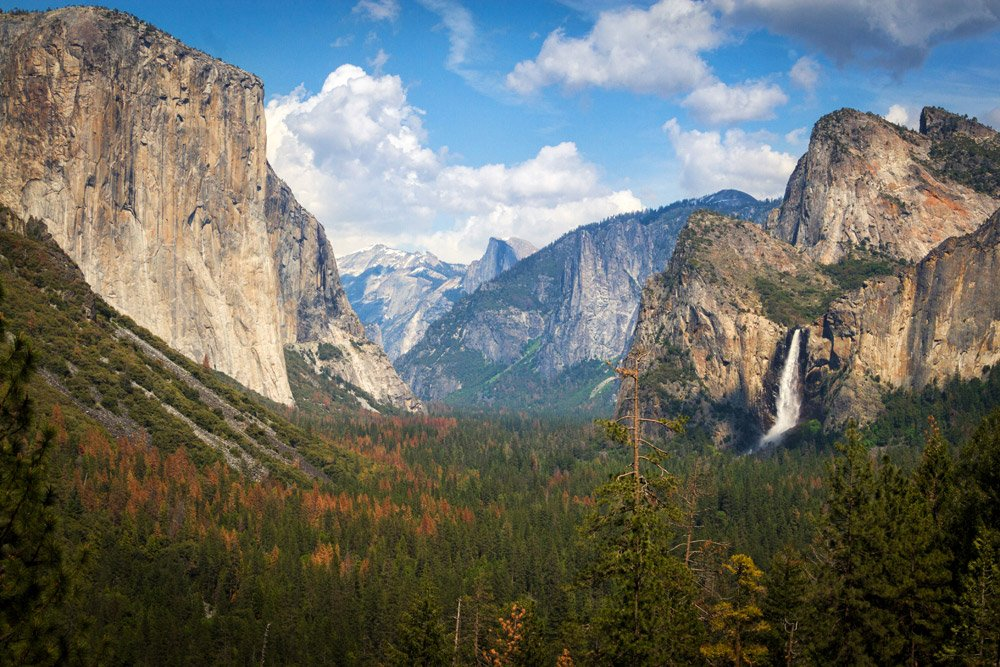 the tunnel view of mountains and waterfall at Yosemite National Park